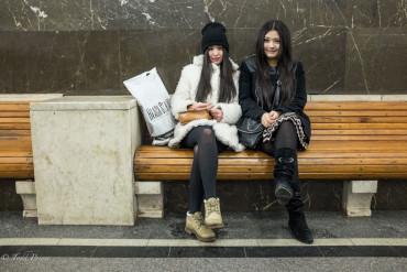 Krygyz Sisters in Moscow Metro