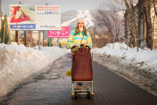 This young mother likes the nature of Sakhalin and has no plans to leave.