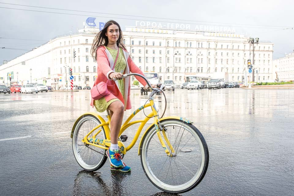 Serafima: St. Petersburg Bike Rider