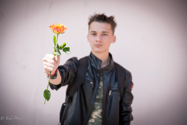 Sergei: Flower for Girlfriend